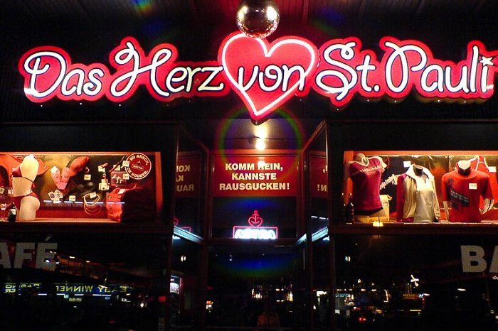 Nightlife in St. Pauli, Reeperbahn, Hamburg